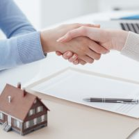 Estate Administrator shaking hands with client