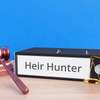 Heir Hunter – Folder with labeling, gavel and libra – law, judgement, lawyer